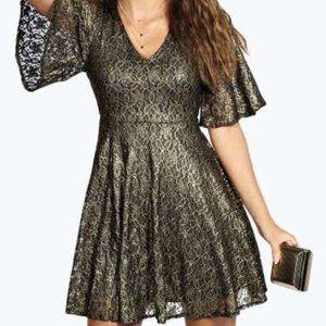 NWT Boohoo Metallic Lace Angel Sleeve Dress